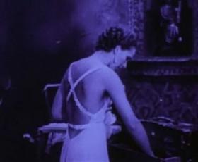 imagen de Joseph Cornell. Rose Hobart. Película, 1936-39.