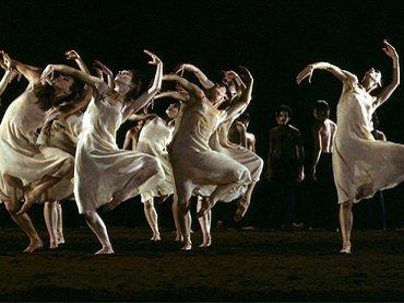 Le Sacre du printemps de Pina Bausch, 1978 © L'Arche Éditeur