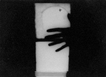 José Manuel Aizpúrua. Sol y sombra con mano, 1930
