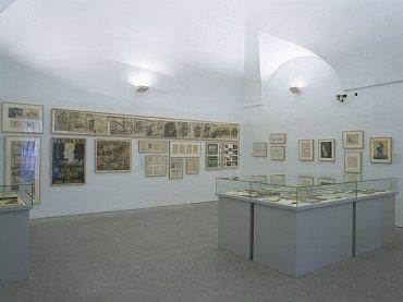 Vista de sala de la exposición. Los humoristas del 27, 2002