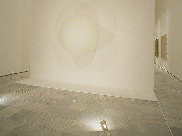 Vista de sala de la exposición. Robert Irwin, 1995