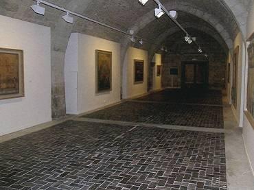 Vista de sala de la exposición. Lucio Muñoz en Silos, 2006