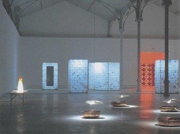 Exhibition view. Jaume Plensa. Chaos-Saliva, 2000