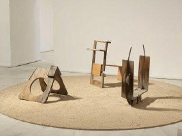 Juegos de Ángel Ferrant en la exposición Playgrounds