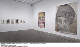 Elly Strik. Fantasmas, novias y otros compañeros, vista de sala / gallery view (imagen 1)