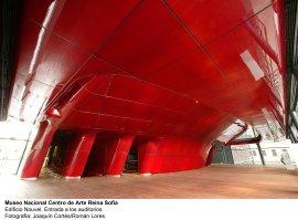 Museo Reina Sofía. Edificio Nouvel. Entrada a los Auditorios