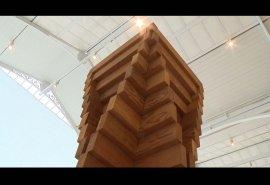 Pieza locutada de la exposición Carl Andre: Escultura como lugar, 1958-2010
