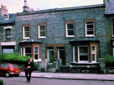 Peter Robinson y RicPeter Robinson. Asylum © 1972, renewed 2000 Surveillance Films, Inc. Todos los derechos reservados hard W. Adams. Asylum, 1972