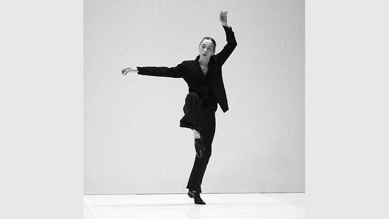Federica Porello interpretando Bach © Jordi Bover
