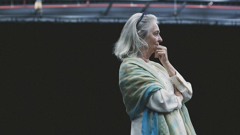 Joan La Barbara at Master Class on Morton Feldman's Three Voices, onstage at La Monnaie de Munt, Bruxelles, Belgium, 27 Sept 2015. photo: © Camille Cooken