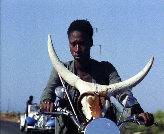 Djibril Diop Mambéty. Touki Bouki. Película, 1973