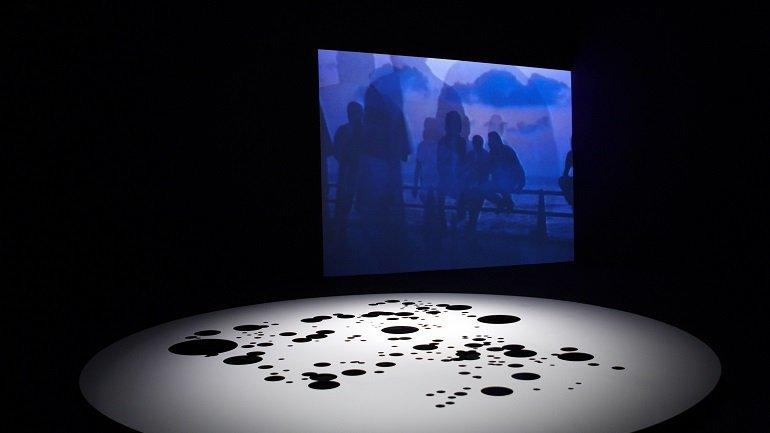 Vista de sala de la exposición. The Atlas Group (1989-2004) Un proyecto de Walid Raad, 2009