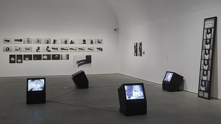 Exhibition view Artur Barrio. Experiences and Situations