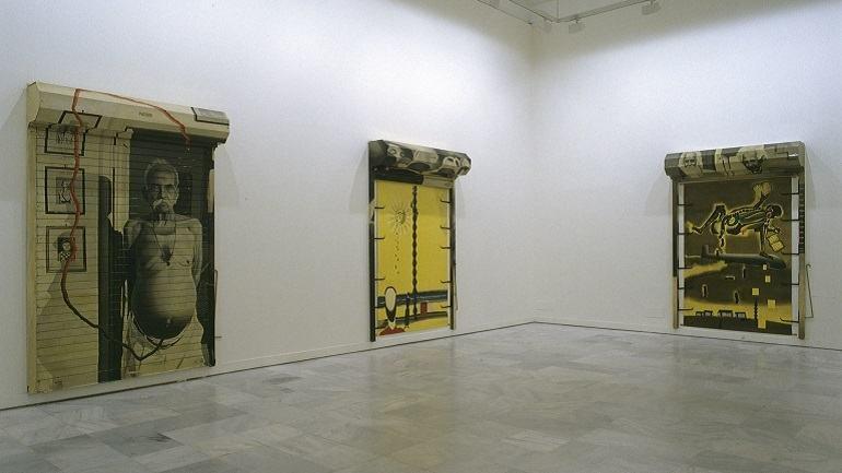 Vista de sala de la exposición. Atul Dodiya. E.T. y los otros, 2002