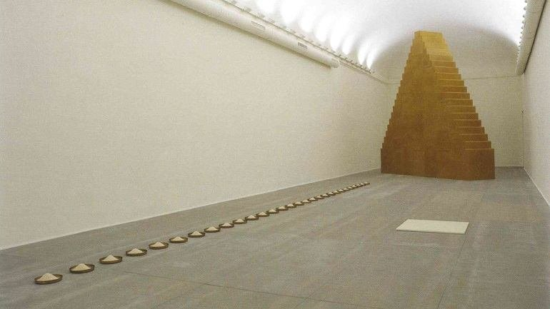 Exhibition view. Wolfgang Laib. There is no Beginning and no End, 2007