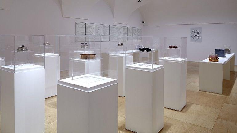 Exhibition view. Juan Luis Moraza. republic, 2014