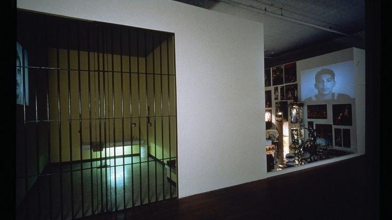 Exhibition view. Pepón Osorio. Medalla de Honor y otras historias, 1998
