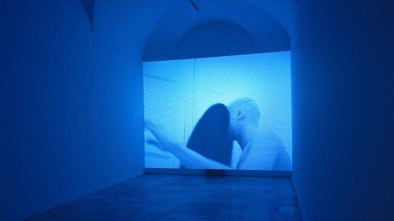 Vista de sala de la exposición. Javier Pérez. Hábitos, 1998
