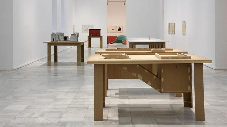 Vista de sala de la exposición. Thomas Schütte. Retrospección, 2010