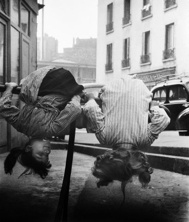 Violette Cornelius, Belleville-Ménilmontant, 1960. © Violette Cornelius / Nederlands Fotomuseum