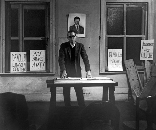 Henry Flynt during his conference From Culture to Veramusement at Walter De Maria'loft, Nueva York, 28th February, 1963. Photo b/w by Diane Wakoski. Courtesy Henry Flynt