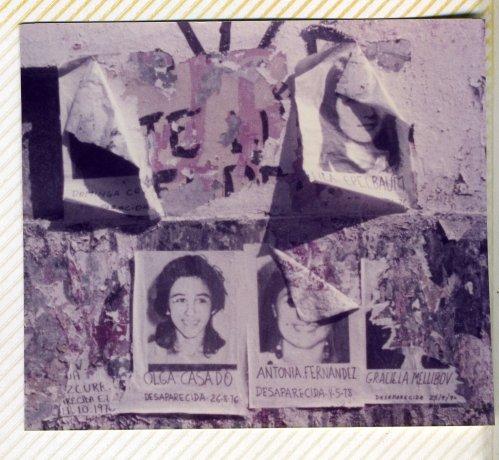 Murales con fotocopias para colorear, iniciativa de Gastar/Catapaco en el Día Internacional de la Mujer. Buenos Aires (8/3/1984). Derechos Humanos // Archivo en uso